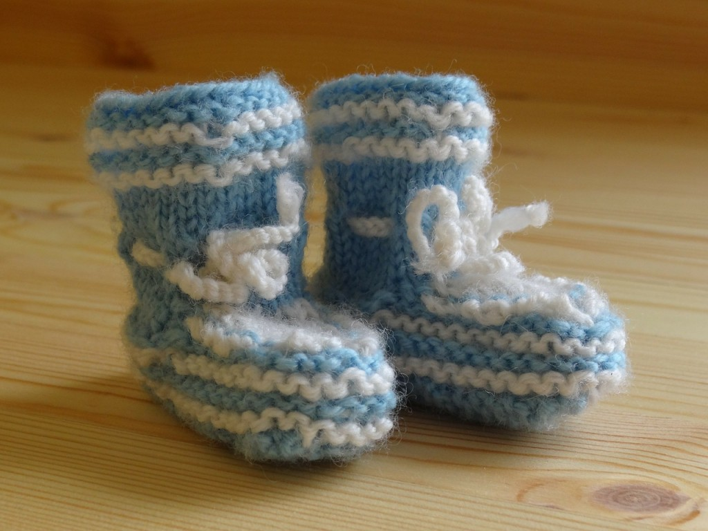 baby-socks-258323_1280